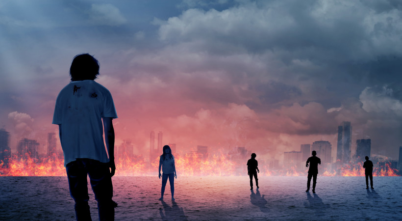 How I Survived And Met My Ex Girlfriend During The Zombie Apocalypse