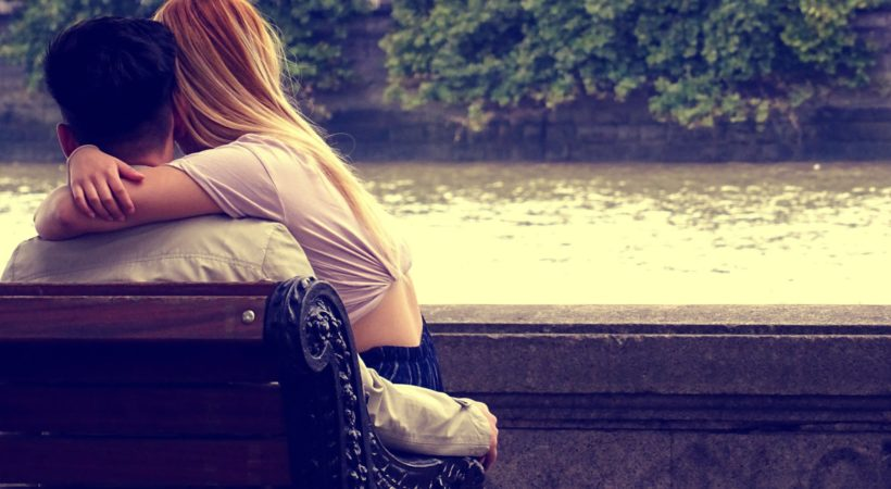 How to Get Your Ex Girlfriend Back if You Were Scared and Pushed Her Away